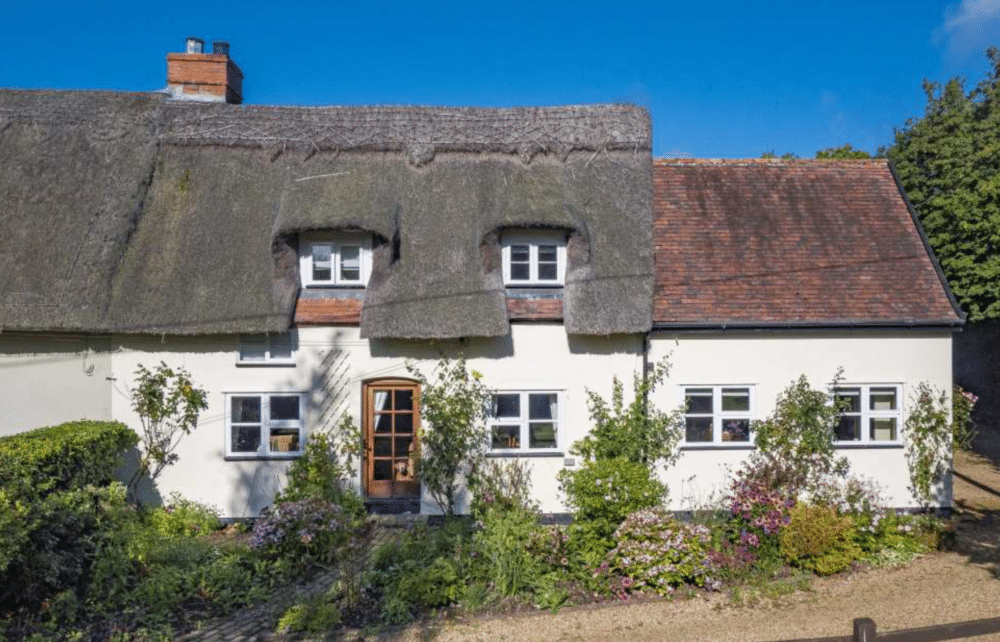 2 Hollies Cottage