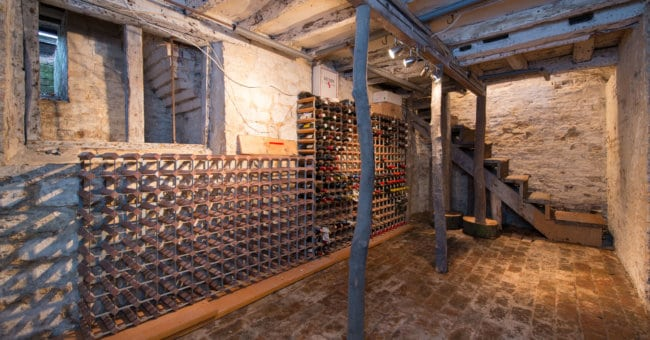 Dream homes – wine cellars & cosy kitchens