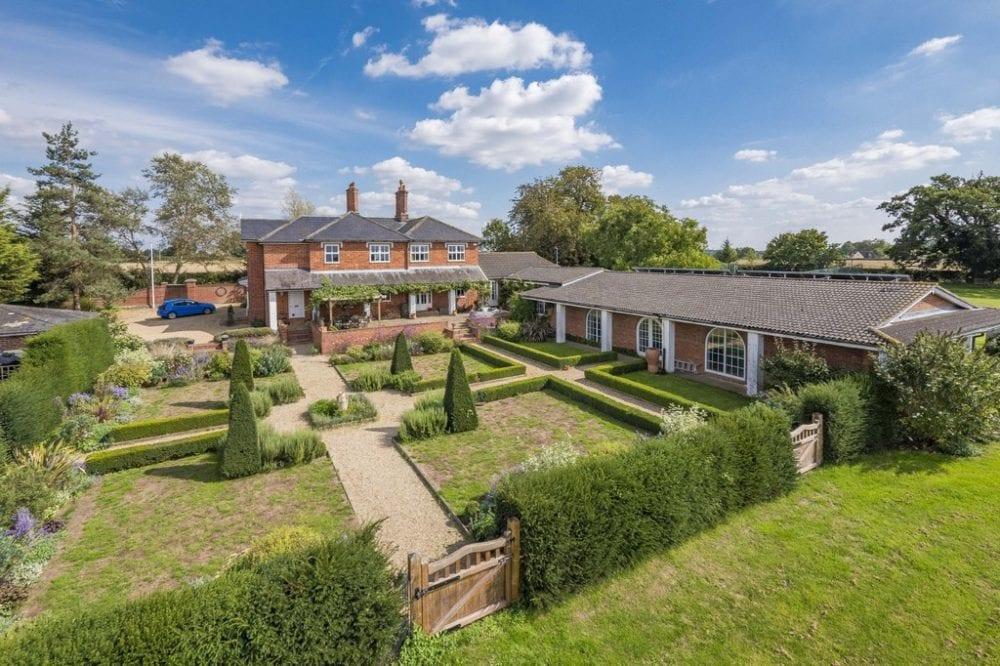 6 bedroom property in Edwardstone, Sudbury
