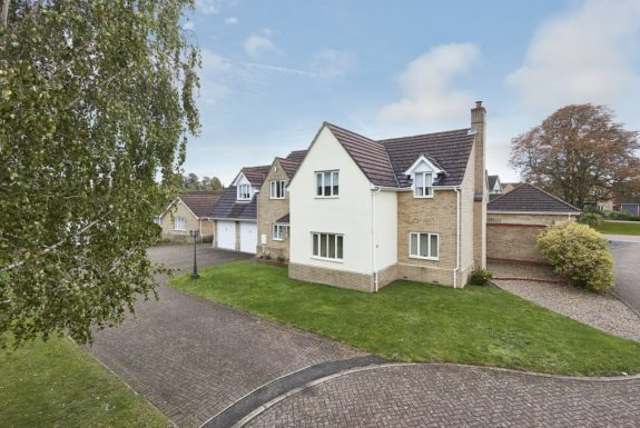 Cordwainer Close, Kedington, Suffolk